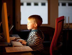 miniatura niños con seguridad en internet by rosapanos.com - Pildoras de TIC